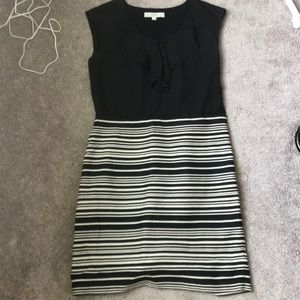 Loft- like new black and creme dress - 6